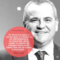 """Juanma Romero  director y presentador de EMPRENDE (RTVE), """"Es incalculable el valor que le aporta a un emprendedor escribir un libro sobre su negocio porque analizará temas que no se había planteado""""."""